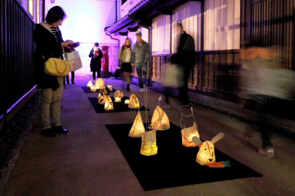 「博多町屋」ふるさと館におけるワークショップ作品の展示風景
